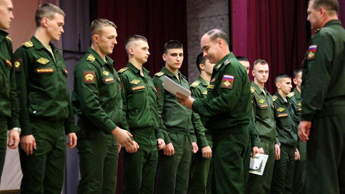 Подведены итоги деятельности младших командиров