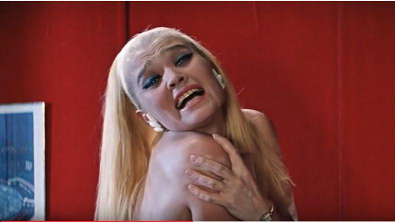 Не виноватая я... Цитата из кф Бриллиантовая рука. реж. Л. Гайдай. 1968. СССР
