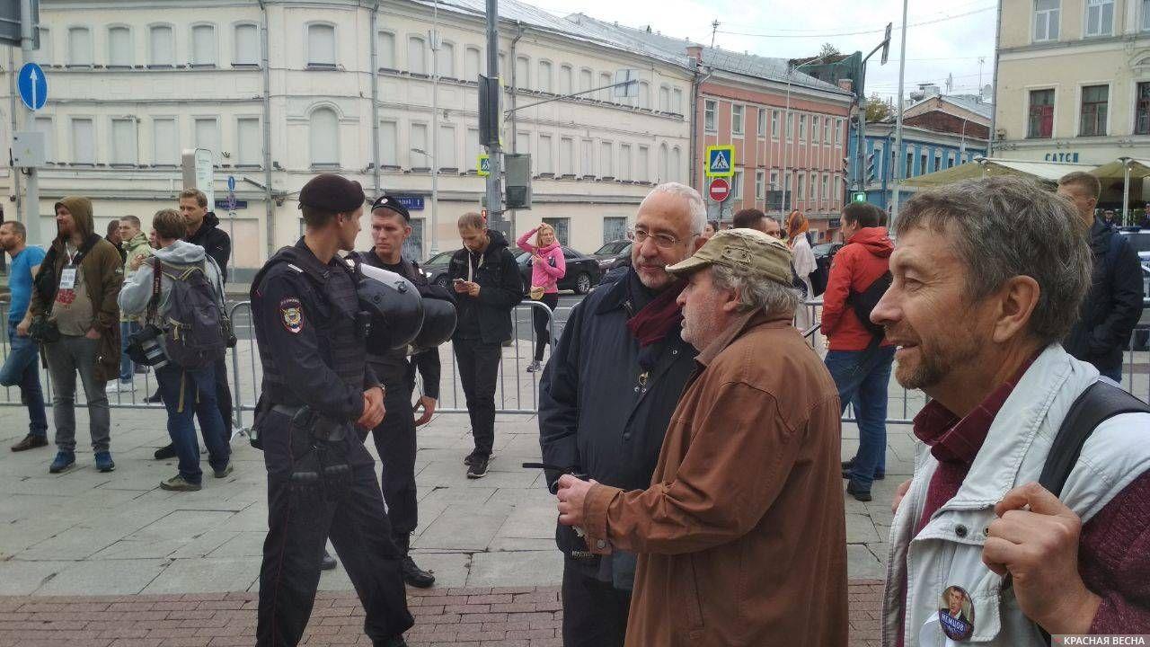 Журналисты быстро потеряли интерес к Николаю Сванидзе