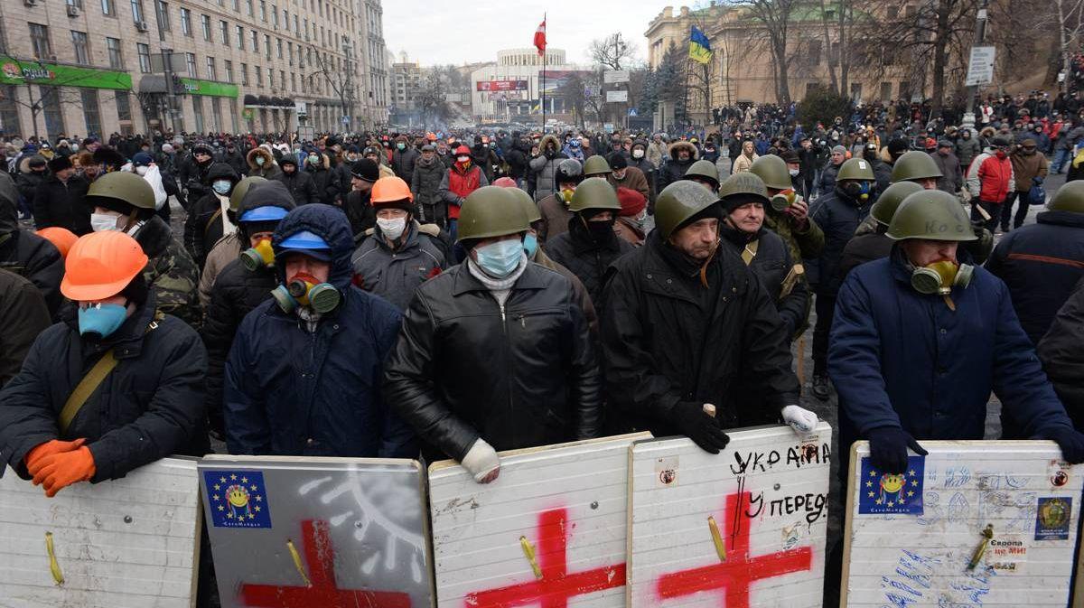 Протестующие Евромайдана на улице Грушевского 20 января 2014 года