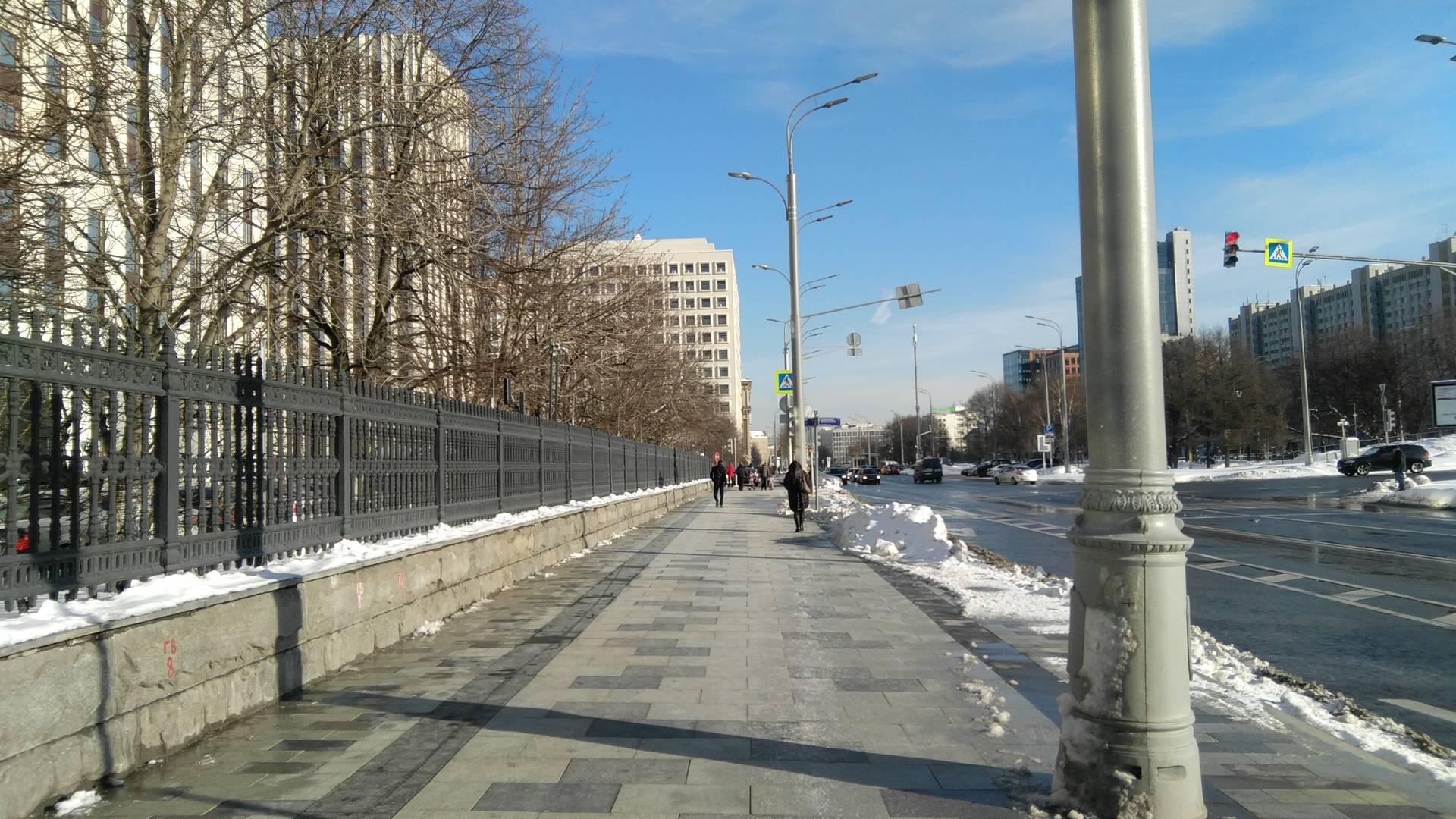 Москва, ул. Коровий вал, сторона возле МВД и Минюста