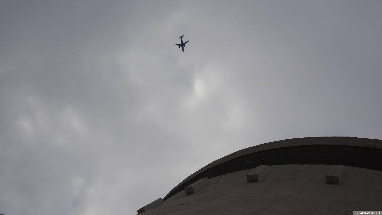 СМИ опровергли новость опропавшем самолете вРостове