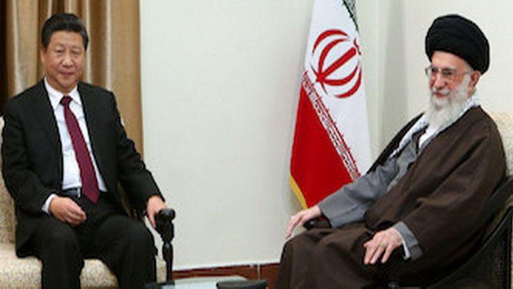 Председатель КНР Си Цзиньпин и аятолла Хаменеи