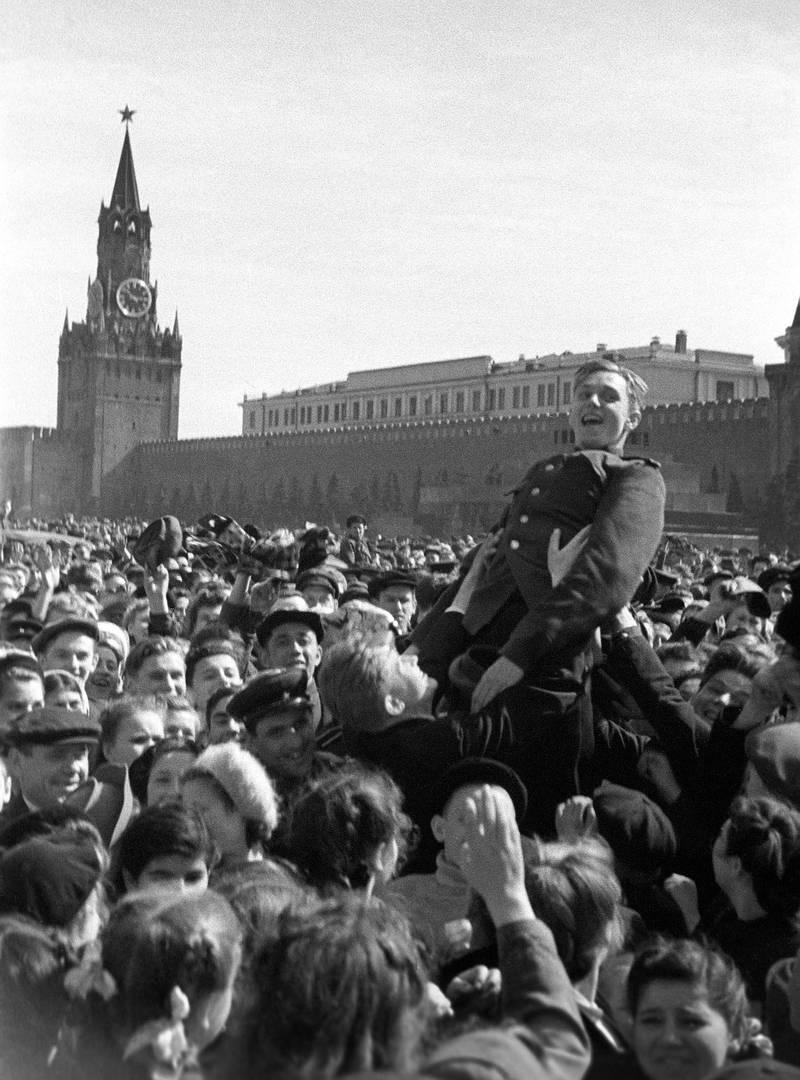 9 мая 1945 года на Красной площади (Фото: А.Красавин)
