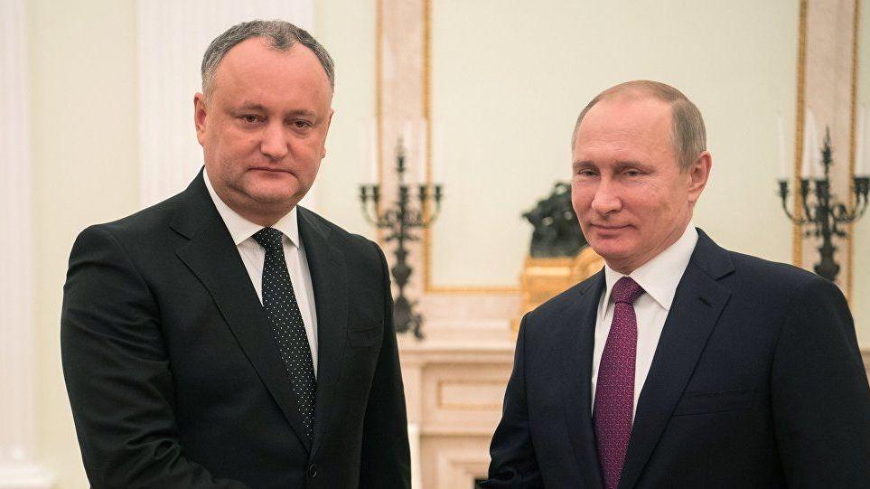 Владимир Путин и Игорь Додон