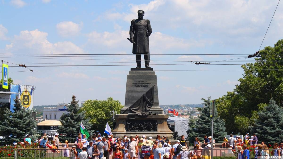 Памятник Нахимову, день ВМФ 28.07.2019 г. Севастополь