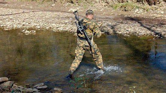 Разведчики ЮВО учатся преодолевать горные реки Северного Кавказа