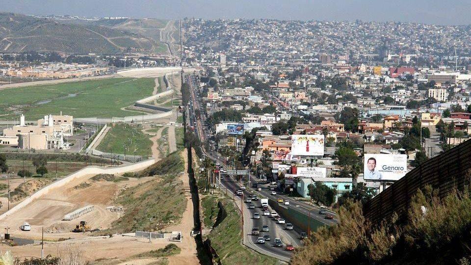 Американо-мексиканская граница