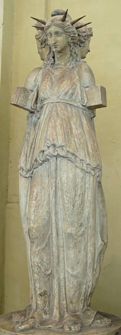 Статуя Гекаты