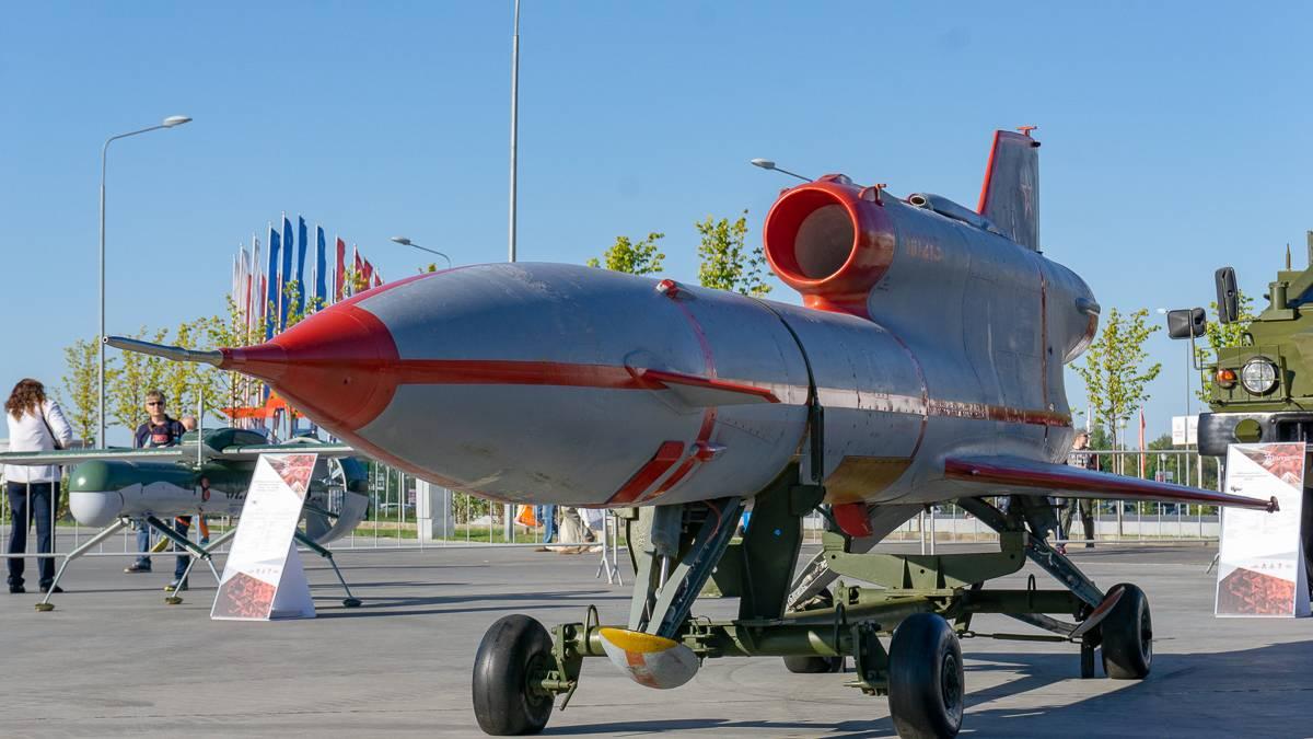 Беспилотный самолет-разведчик «Рейс» из состава комплекса ВР-3