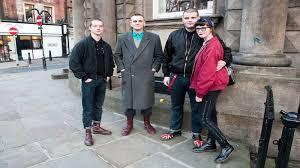 ВПетербурге задержаны трое хулиганов, устроивших поножовщину вметро