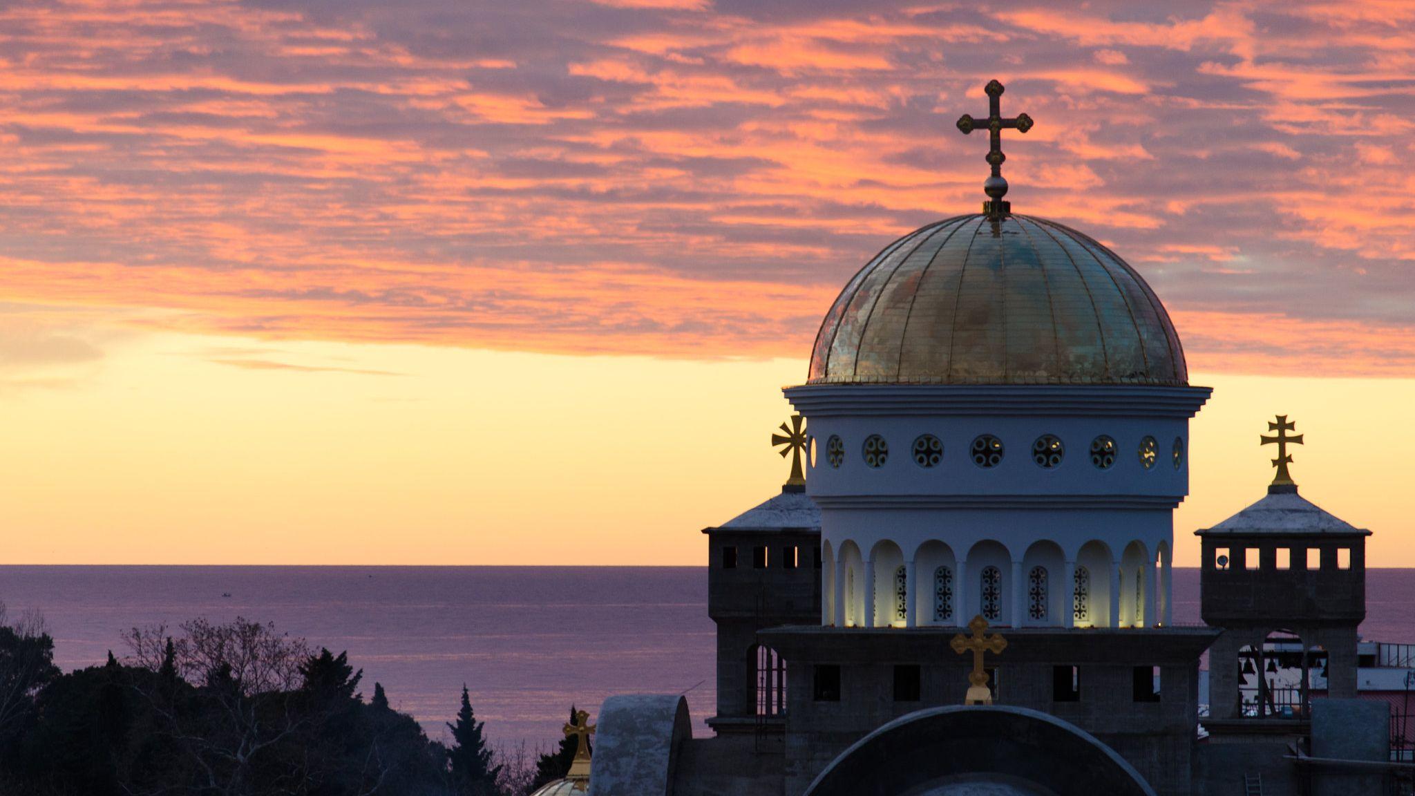 Православный храм в Черногории
