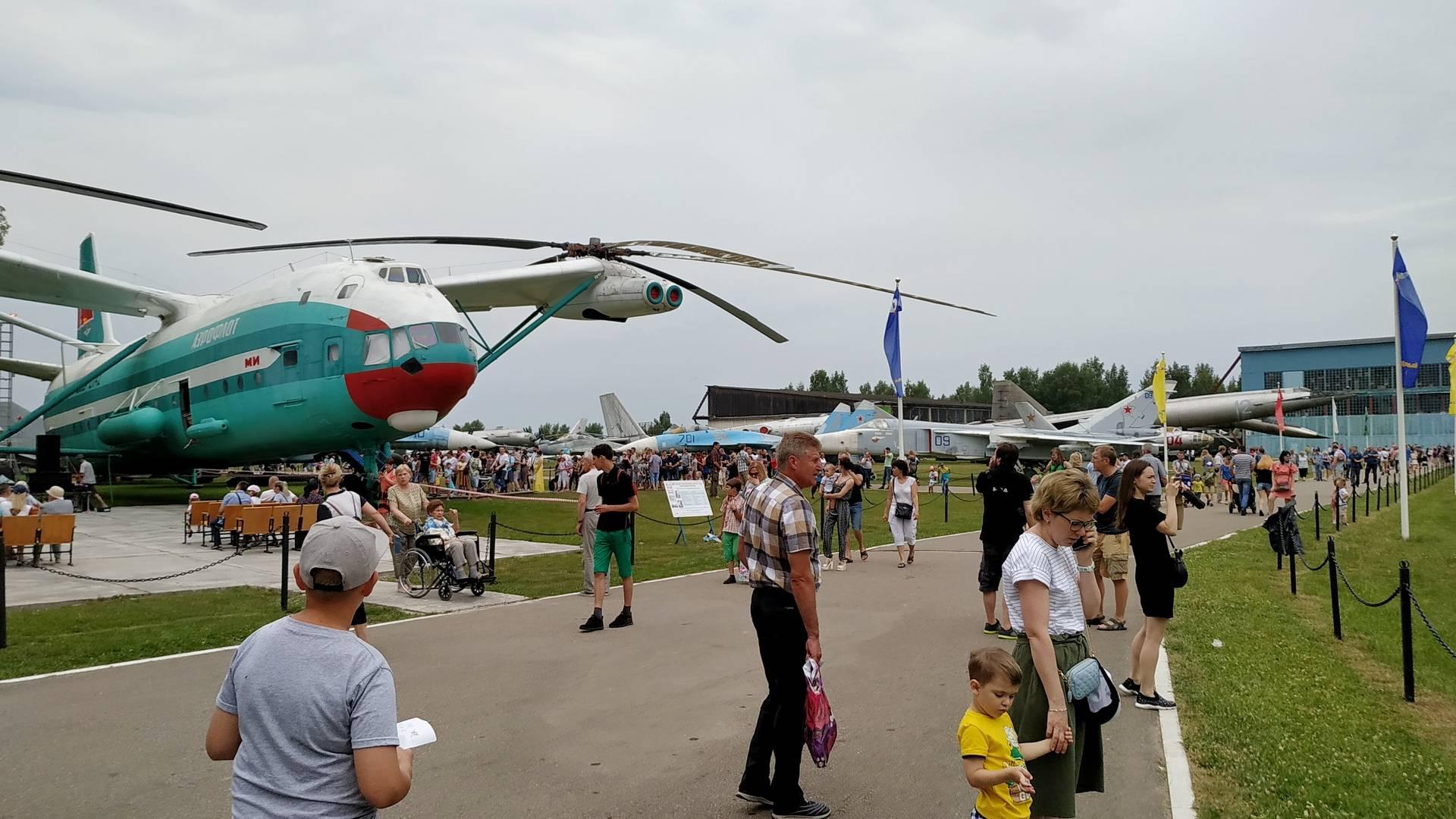 День открытых дверей в Центральном музее ВВС в Монино