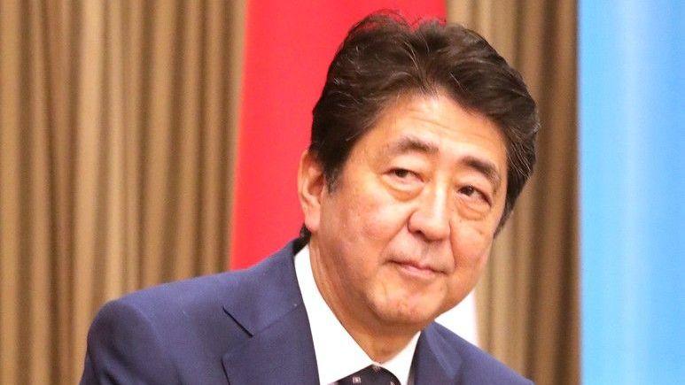 Премьер Японии хочет тесно сотрудничать сРоссией иКитаем поКНДР