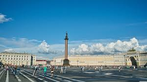 ВПетербурге продолжает расти поток туристов