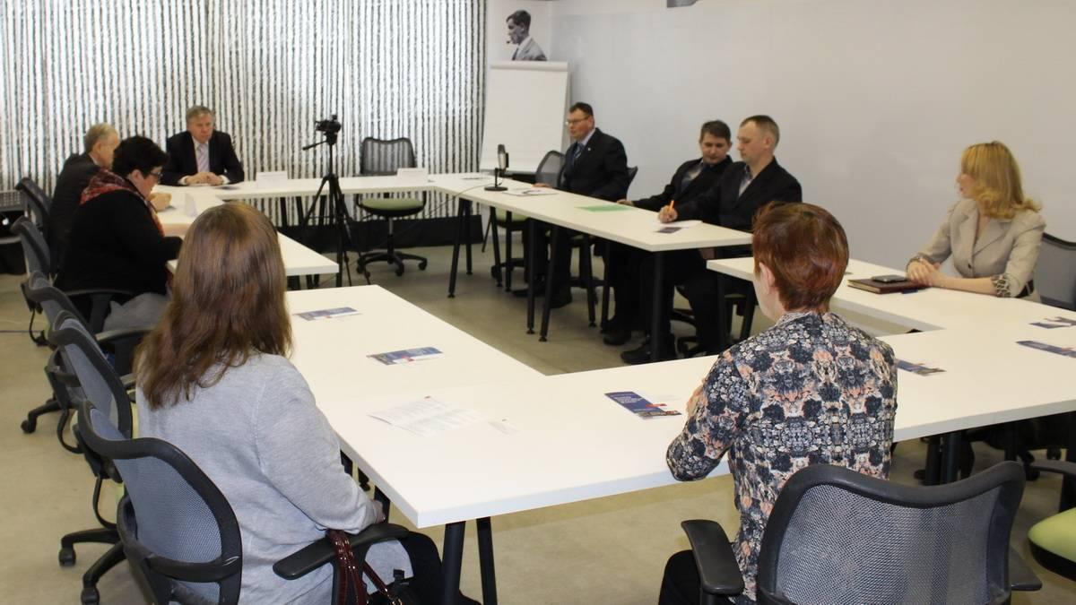 Круглый стол «За социальное государство» в Ижевске
