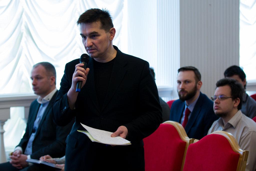 Олег Барсуков