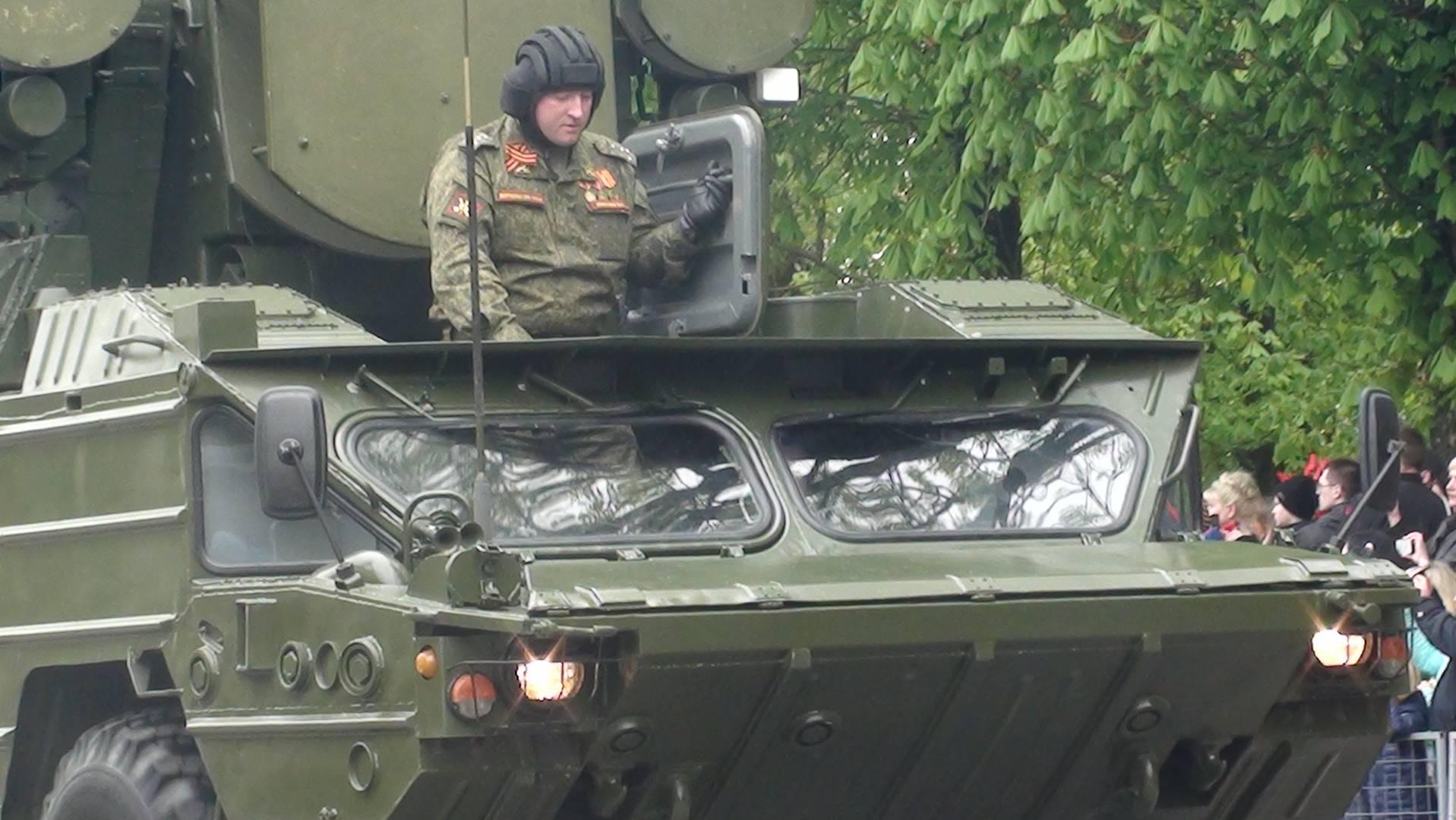 Смоленск. Танкист на Параде Победы.
