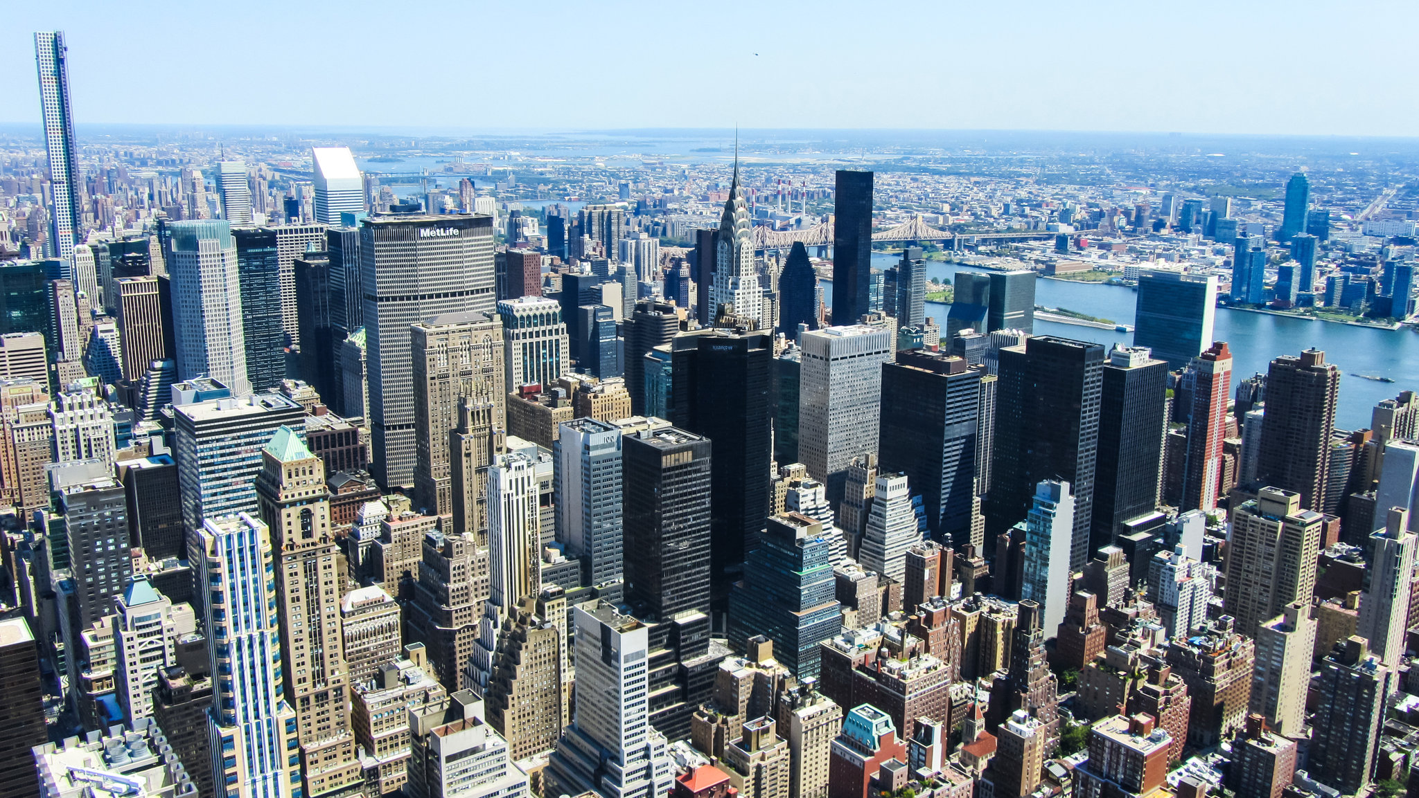 Нью-Йорк [(cc)]