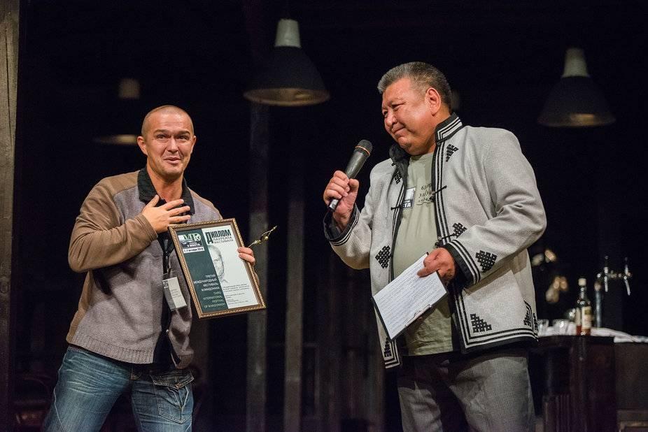 Василий Скиданов и Борис Манджиев