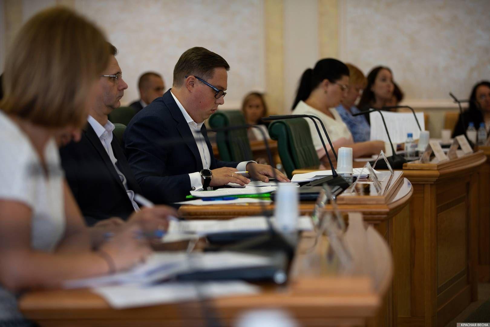 В парламентских слушаниях приняли участие представители 40 субъектов Российской Федерации