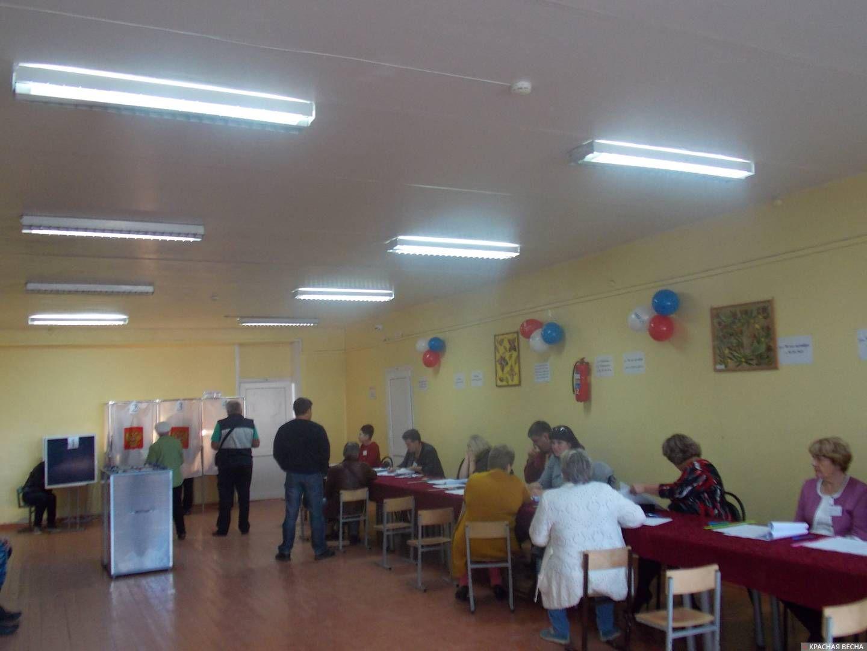 Избирательный участок № 394 в школе №7 г. Котлас