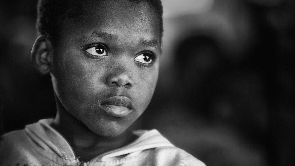 Сирота, Африка