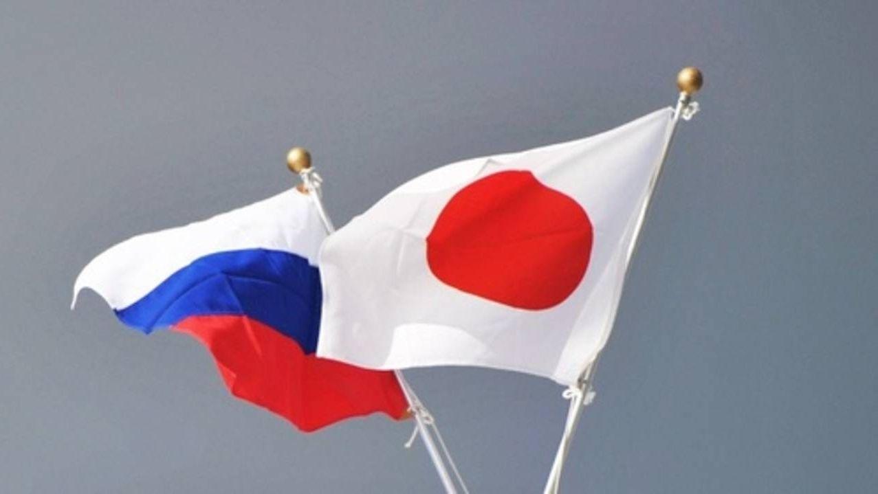 Японский политик преподнес вподарок Матвиенко 237-килограммового тунца