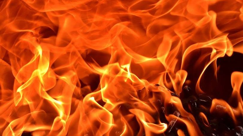 ВЕкатеринбурге впожаре  вмногоэтажке пострадали семь человек