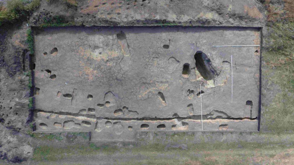 Ранненеолитический культовый комплекс на памятнике Усть-Тартас-1