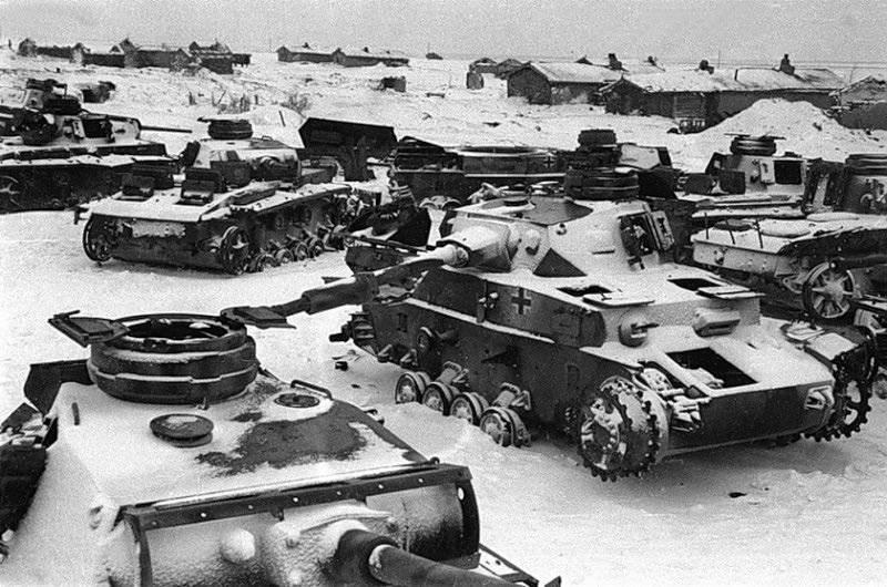 Немецкие танки 4-ой армии Гота