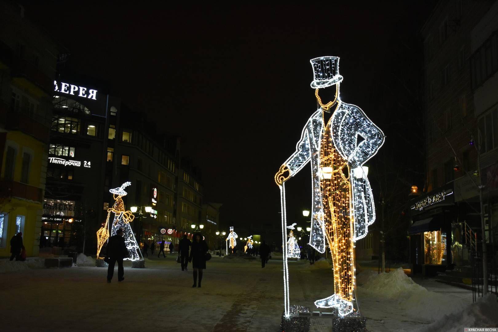 Светящиеся фигуры на бульваре имени Гагарина в Брянске