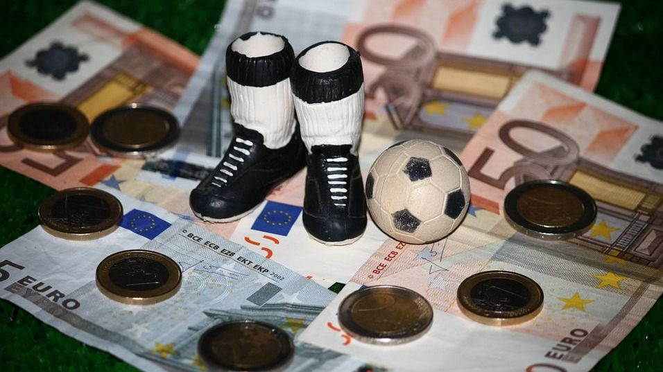 Футбол и деньги