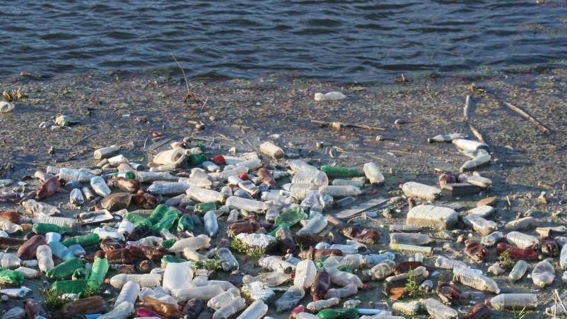 Пластиковый мусор в океане