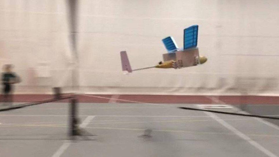 Первый полет самолета с ионным двигателем