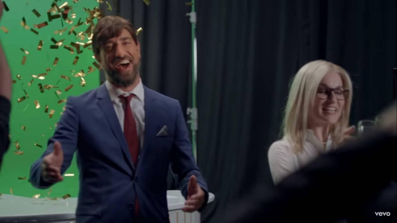 Цитата из клипа «Was ist hier los?», 2017