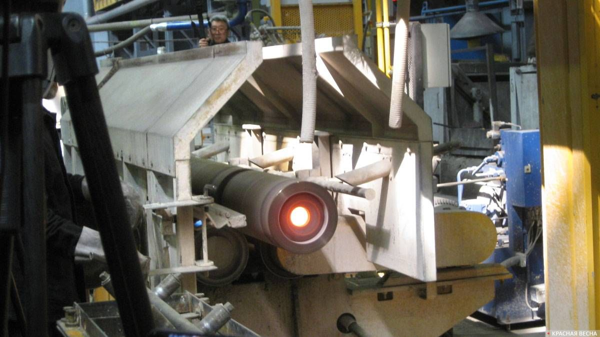 Центробежная литейная машина в действии