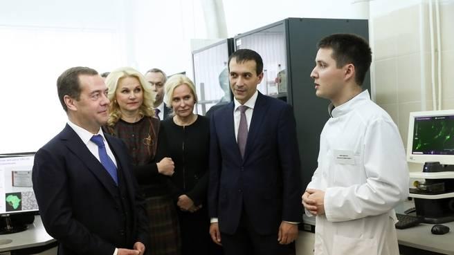 Дмитрий Медведев в Государственном научном центре вирусологии и биотехнологии «Вектор»