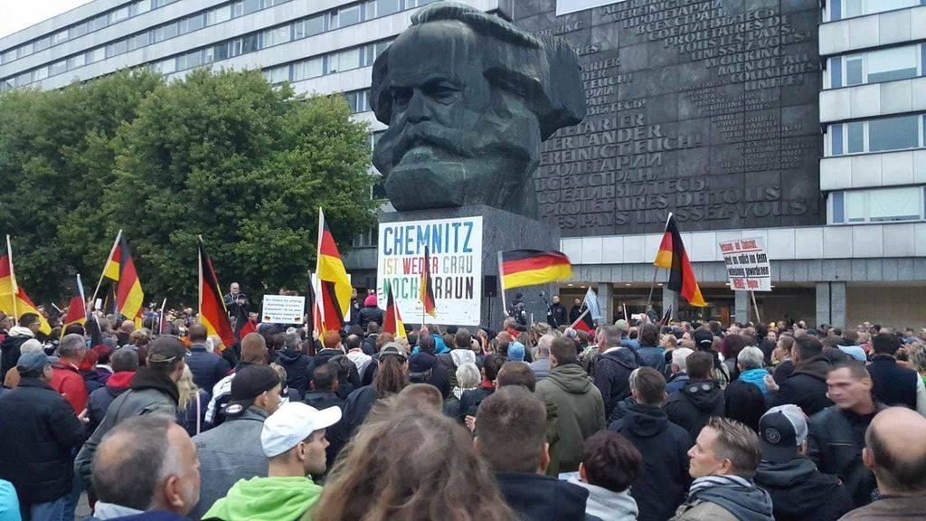 Демонстрация праворадикального движения Pro Chemnitz. Сентябрь 2018 г. Фото - radiolausitz.de