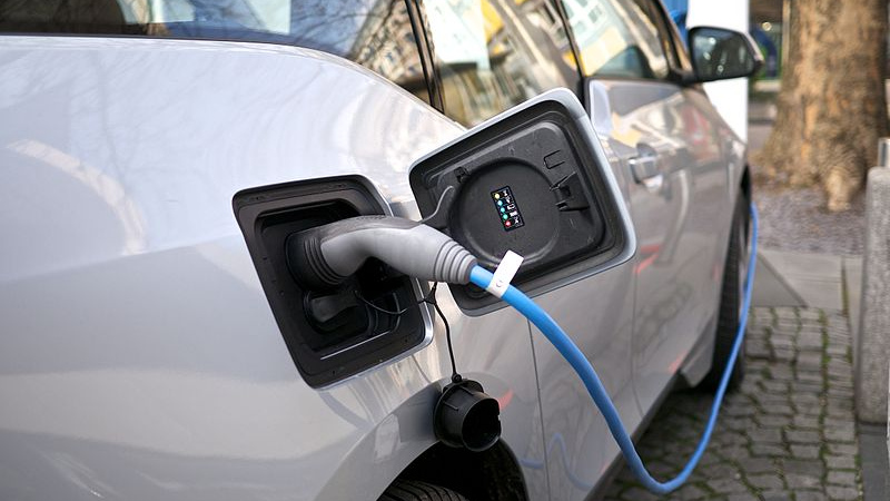 LG возместит компании GM $1,2 млрд за отзыв электромобилей Chevrolet Bolt
