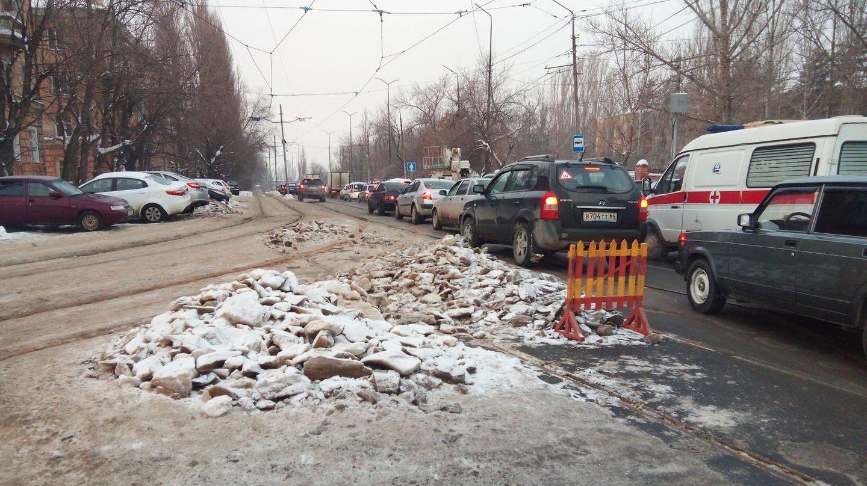 г. Саратов, Трамвайные пути на ул. Осиповпа.