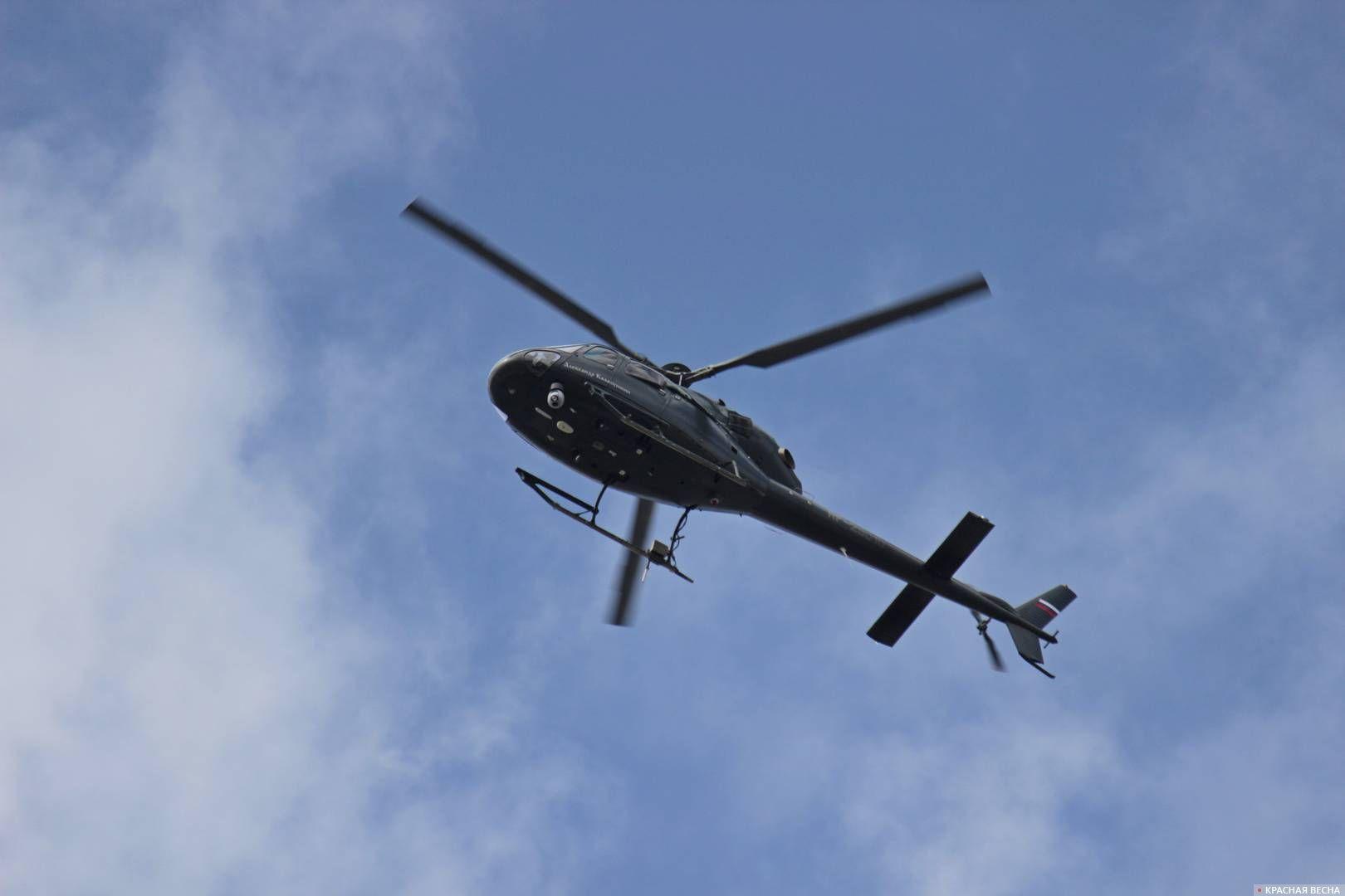 Вертолет с камерой наблюдения