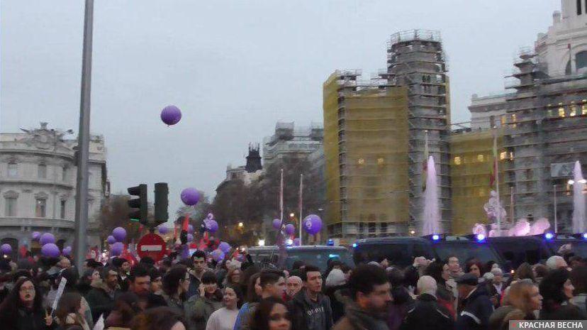 Испания. Марш феминистов в Мадриде